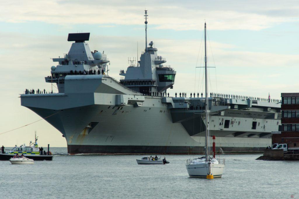 HMS Queen Elizabeth entering Portsmouth Harbour
