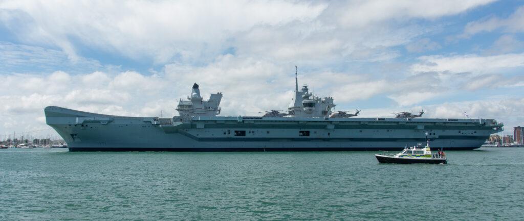 HMS-Queen-Elizabeth- leaving Portsmouth-CSG21